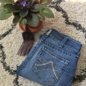 Women's 27L Ariat Jeans